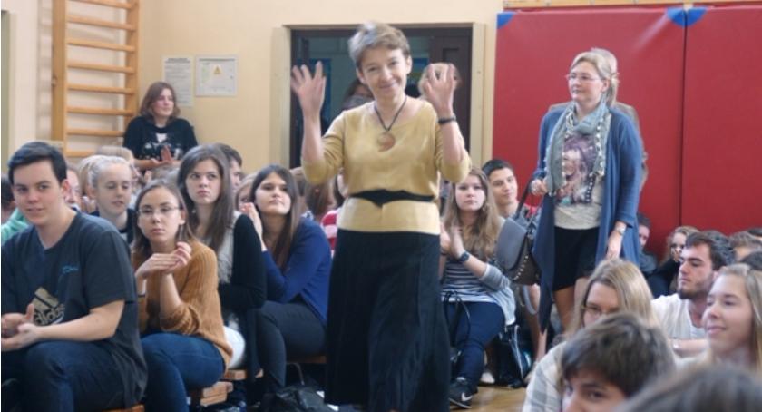 szkolnictwo, Gimnazjalisto! Kierunek Dembowski! - zdjęcie, fotografia