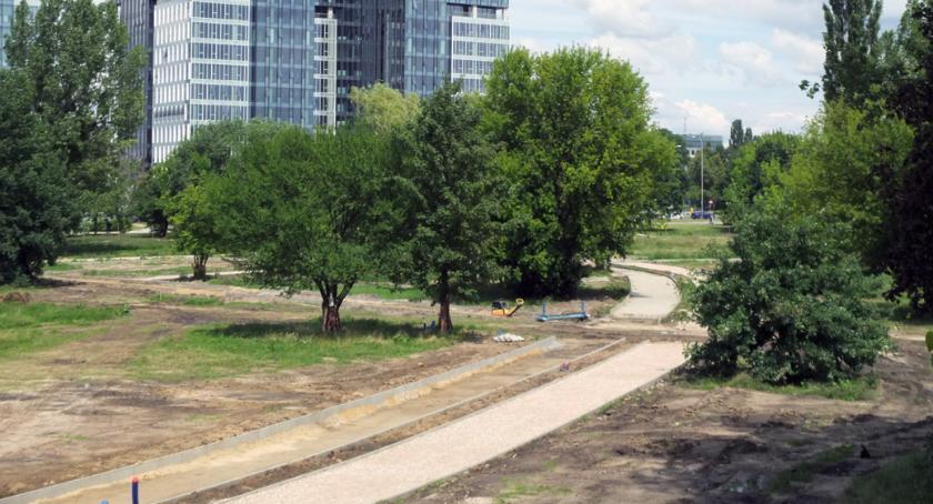 Park Zachodni, rośnie oczach - zdjęcie, fotografia