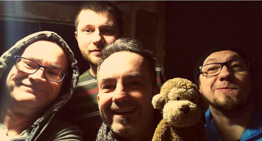 Muzyka, Koncert zespołu Małpoludy - zdjęcie, fotografia