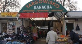 Bazar Banacha – przybijanie kisielu do ściany