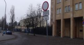 Droga rowerowa przy ulicy Żwirki i Wigury.